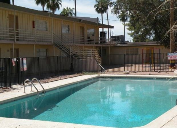 Vestis Group is pleased to announce that Principals Natan Jacobs and Les Litwin have completed the sale of 8-units (bulk condos) of Christown Villas Condominium, located at 2150 W. Missouri Avenue in Phoenix, Arizona, for $108,500 / $13,563 per unit.