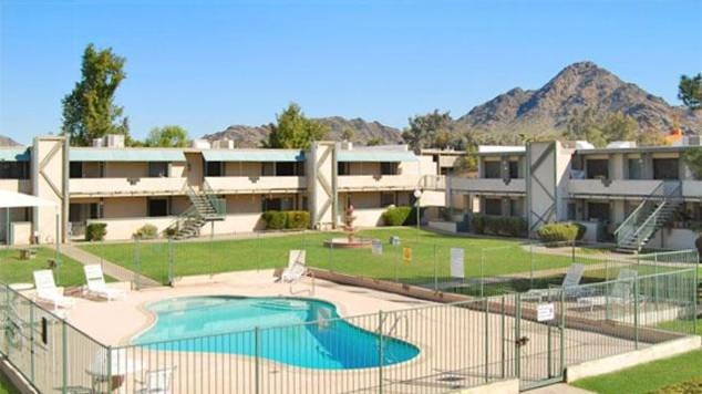 Vestis Group is pleased to announce that Principals Natan Jacobs and Les Litwin have completed the sale of 39-units (bulk condos) of North Point Condominium, located at 6315 N. 16th Street in Phoenix, Arizona, for $1,009,000 / $25,872 per unit.