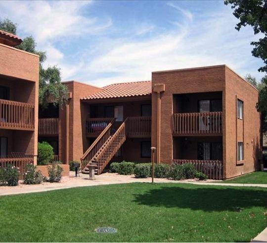 Townhouses and Condos for Rent in Mesa, AZ - rentals.com